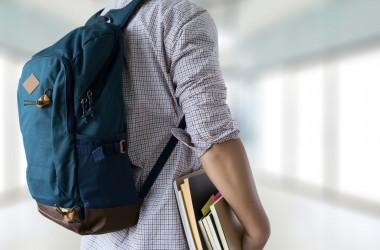 Як заклади освіти видаватимуть документи про середню освіту