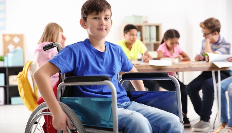 Як організувати інклюзивний клас у школі: поради директорам від МОН