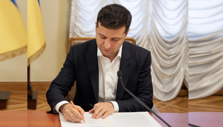 Офіційно: випускники з ТОТ вступатимуть до українських вишів без ЗНО — Зеленський підписав закон