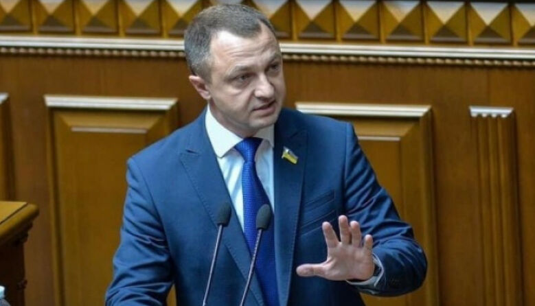 Законопроєкт Бужанського потребує 56 млн грн на російськомовні підручники, — мовний омбудсмен