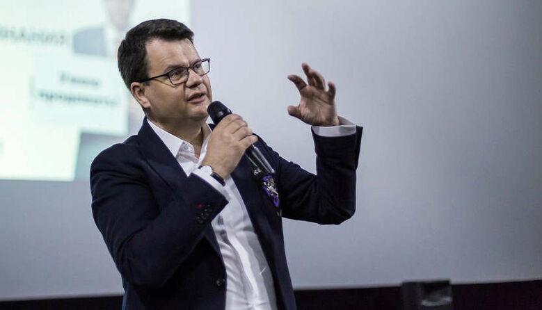 Якщо вчителі працюватимуть у дві зміни, то в Уряді підніматиметься питання дофінансування, — Ігор Гарбарук