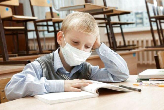 Як підготуватися до другої хвилі пандемії школам та владі