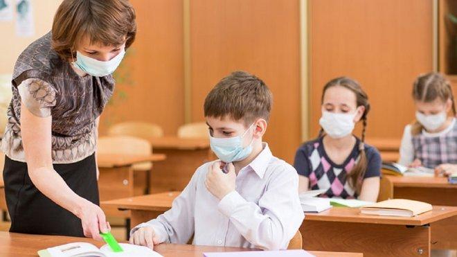 У МОЗ заявили, що протягом тижня напрацюють механізм навчання школярів з 1 вересня