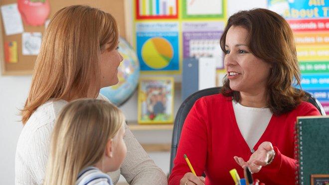 Як батькам взаємодіяти з вихователями: поради, як дорослим знайти спільну мову