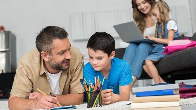 Менше третини батьків задоволені тим, як працювали школи та вчителі на карантині