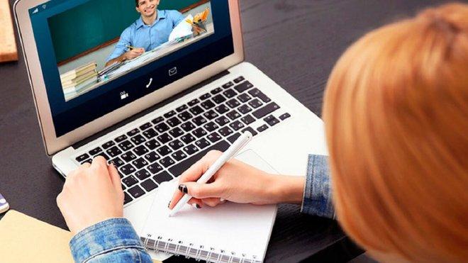 Чому школи не готові перейти на онлайн-навчання з початку осені: головні причини