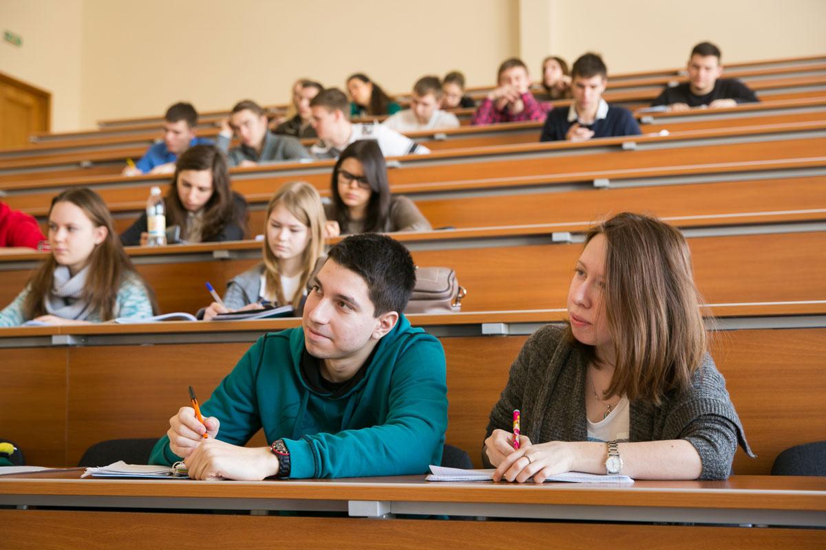 Для студентів-платників навчання подорожчає