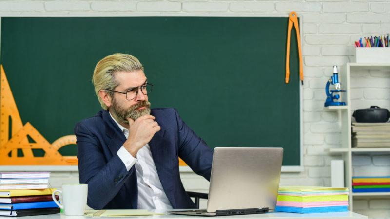 МОН розробило проєкт професійного стандарту за професією «Керівник закладу загальної середньої освіти»