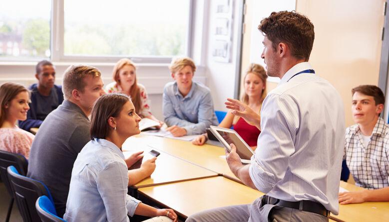Університети самостійно обиратимуть формат навчання – очний, дистанційний чи змішаний, – Кабмін