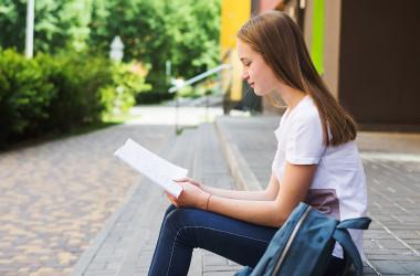 Школам радять підготуватись до дистанційного навчання