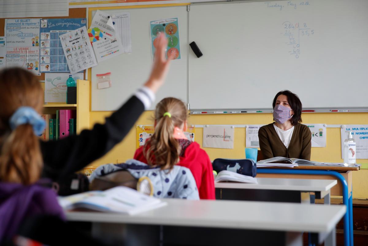 The Guardian: Спосіб відкрити школи першого вересня без страху перед COVID-19 існує