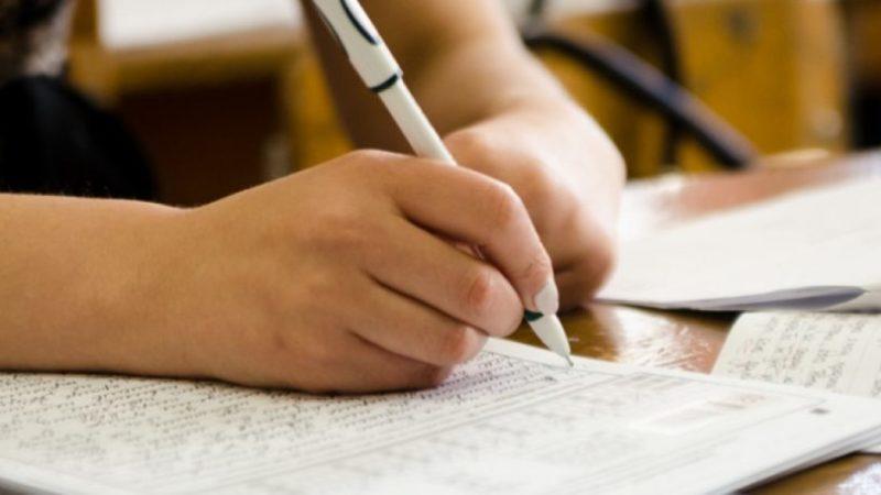 У МОЗ найближчим часом визначаться з доцільністю тестування вчителів на COVID-19