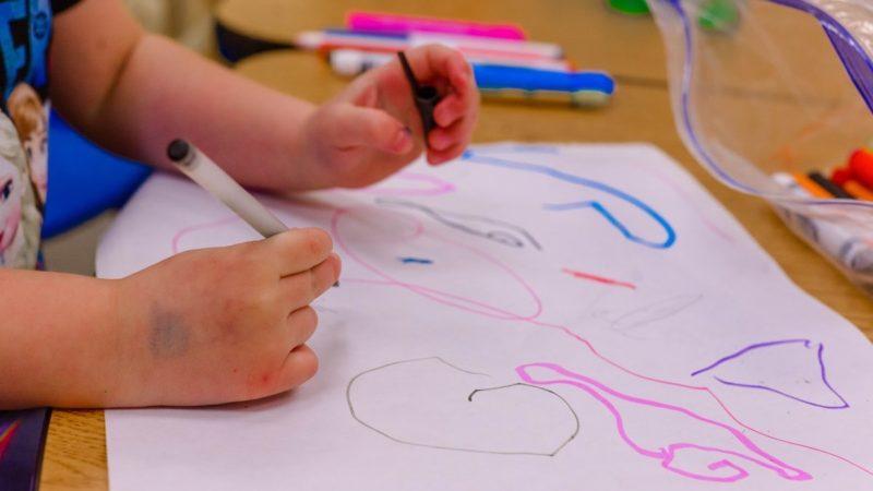 Творче мислення: як розвинути креативність у дитини – підбірка порад та ігор