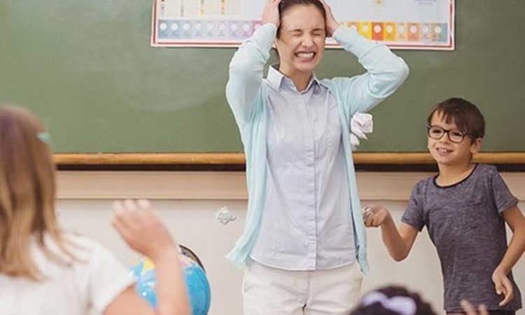В Україні з 1 вересня перерахують зарплати вчителям: кому і скільки додадуть