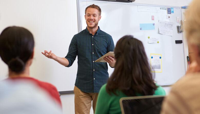 """Повинна бути """"лава запасних"""" вчителів: освітній експерт про кадрове забезпечення шкіл"""