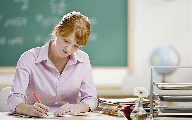 МОН: питання підвищення рівня оплати праці працівників закладів освіти і науки є проблемним