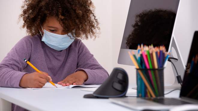 Як допомогти дітям звикнути до навчання під час пандемії COVID-19