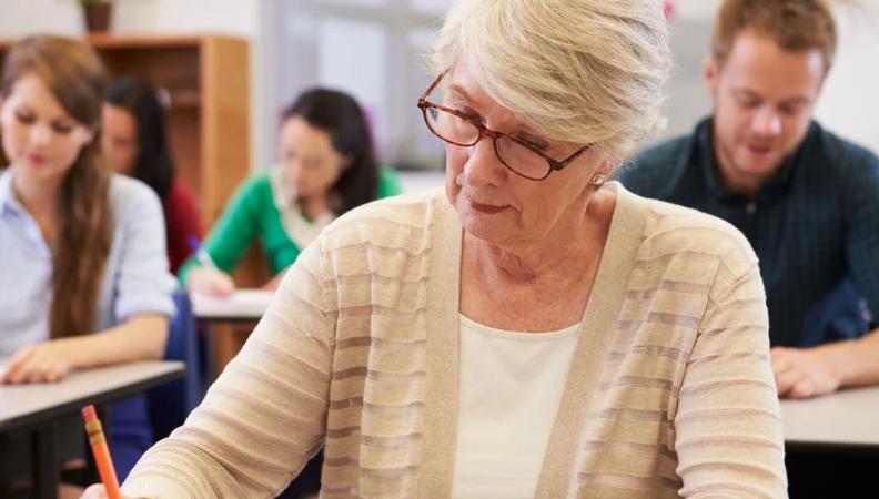У МОН хочуть зайнятись освітою для дорослих: що це означає
