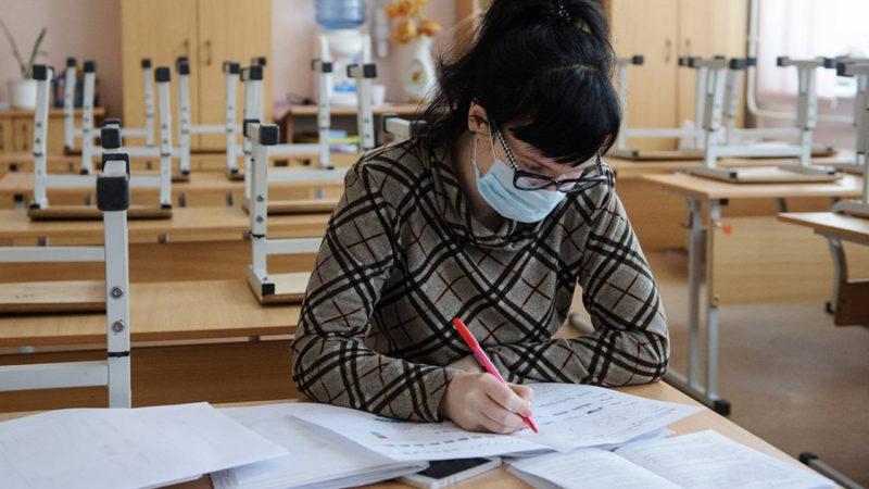 Комаровський розповів, як вчителям захиститися від COVID-19