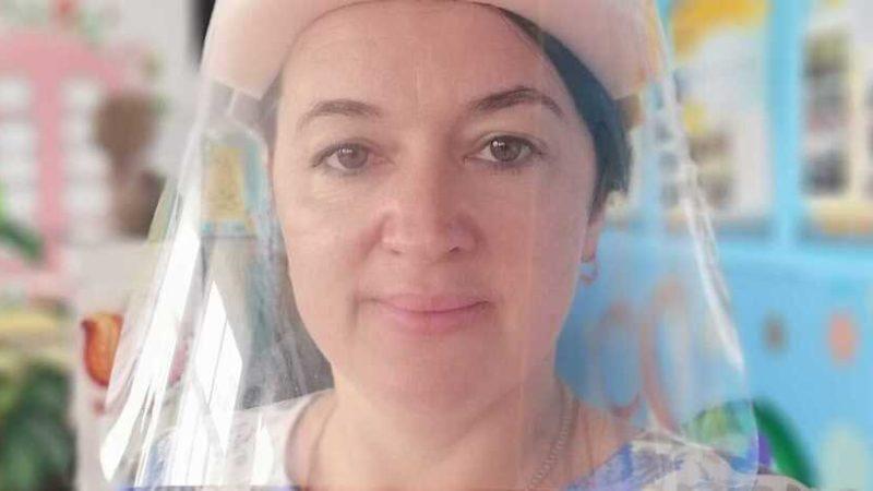 Українська вчителька – про навчання під час COVІD-19: ми в щитках, по спині тече, в очах все пливе