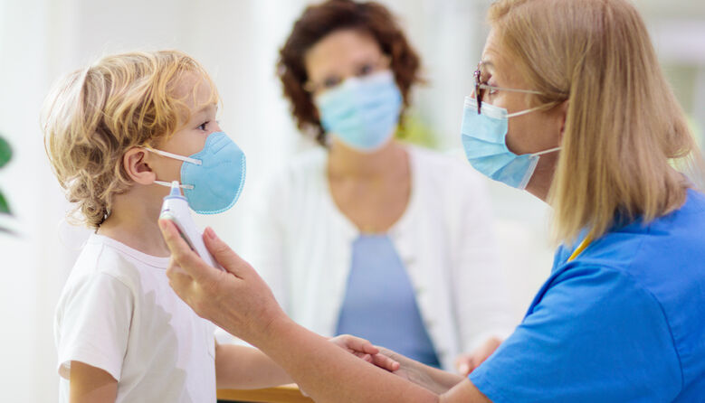 «Не контактував з хворим на COVID-19»: у дитсадках вимагають нову довідку