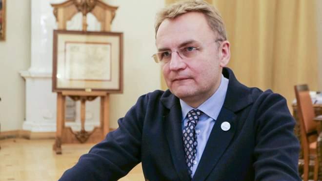 Садовий закликав розпочати карантин у школах Львова з 19 жовтня через COVID-19