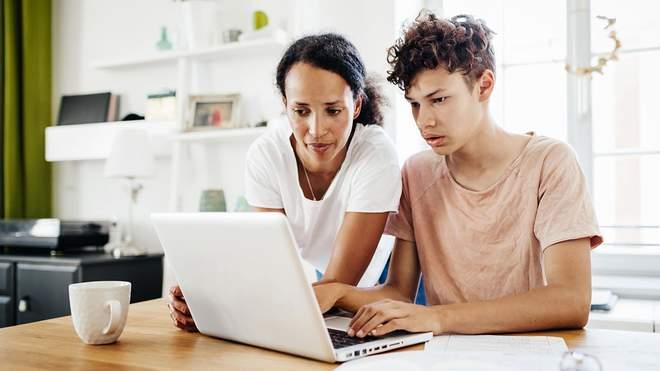 Дитина погано вчиться: 5 дієвих порад для батьків