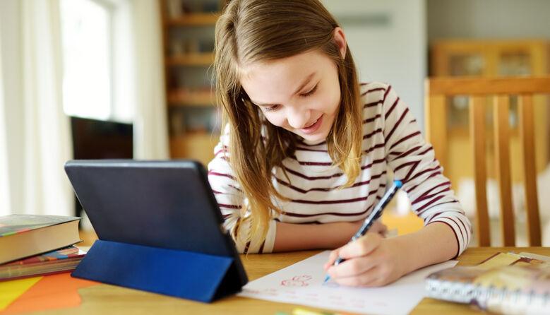 Ноу-хау від вчителя: як організувати «дистанційку» з мінімальним технічним забезпеченням та слабким інтернетом