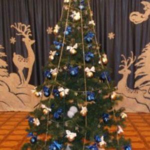 Новорічні свята у дитсадках та школах Києва відбудуться без присутності батьків та гостей