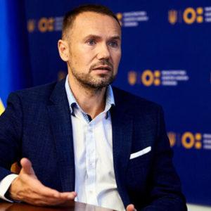 Сергій Шкарлет заявив, що економити на освіті не можна