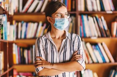 COVID-19: у вчителів не можуть вимагати тест після хвороби