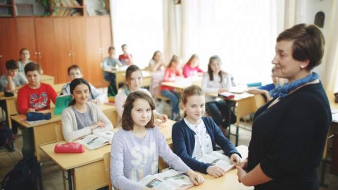 У МОН заявили, що в школах вже викладають сексуальну освіту: деталі