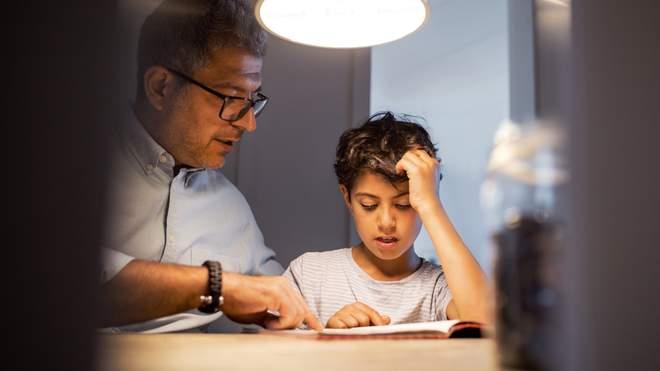 Як допомогти дитині вивчати дві мови одночасно: плюси та мінуси виховання дітей-білінгвів