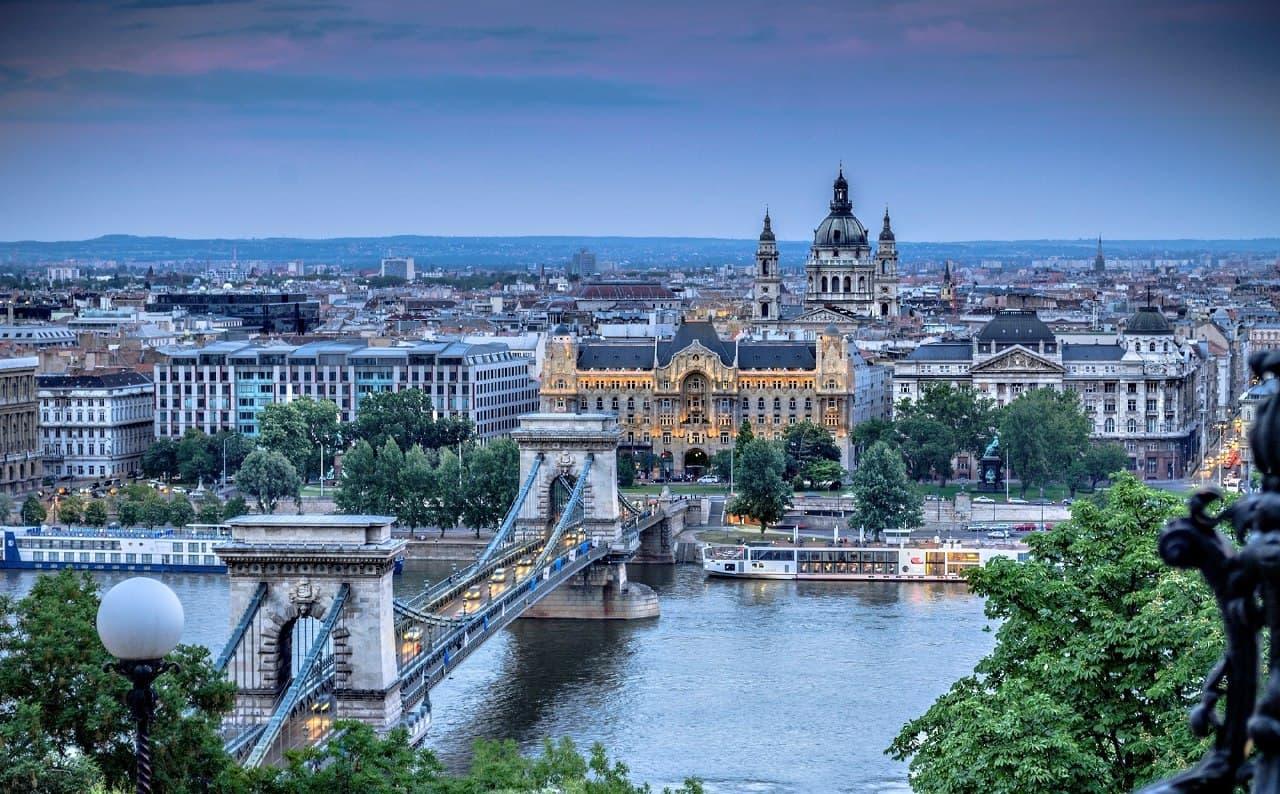 Угорщина виділила 100 стипендій для українців