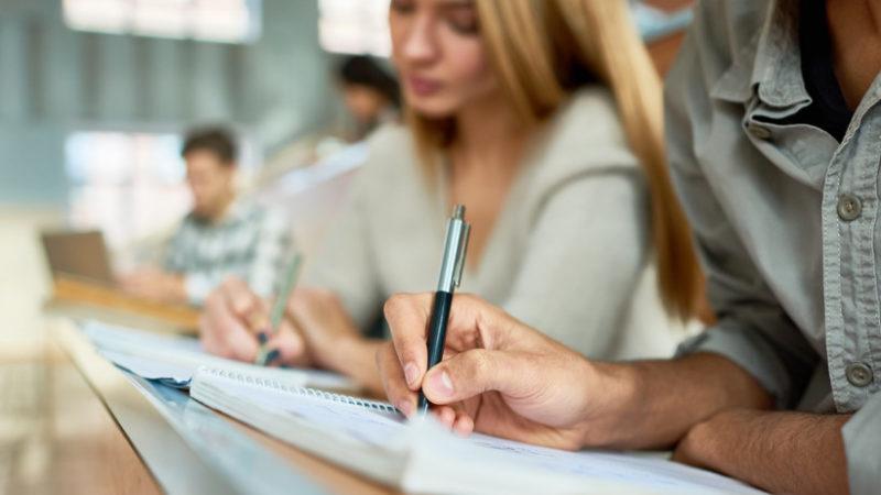 В Україні запустять онлайн моніторинг працевлаштування випускників