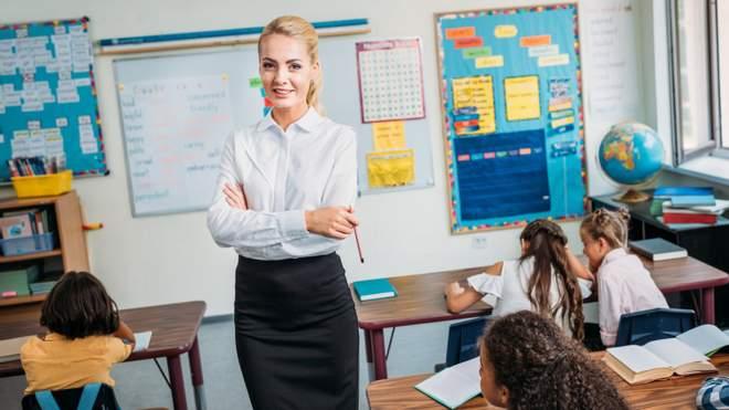 Як вчителеві не піддаватися на провокації учнів і спокійно провести урок: поради експерта