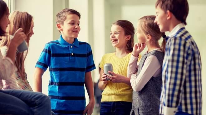 Учні спілкуються українською лише на уроках, а на перерві – російською: як це змінити