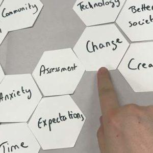 Метод шестикутника: цікаві ідеї, як розвивати активність і самостійність в учнів
