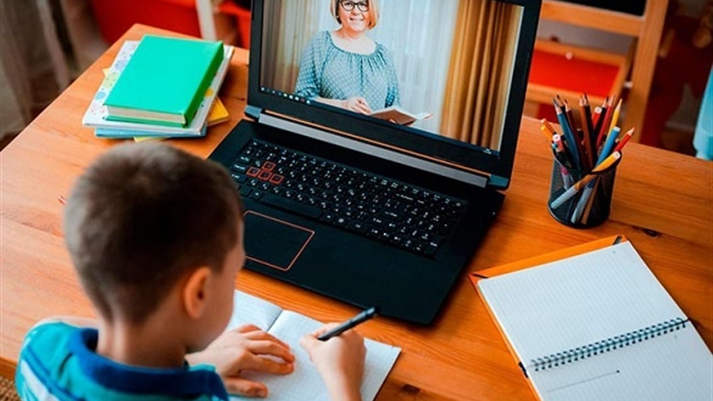 Батькам школярів: 20 запитань та відповідей про дистанційне навчання