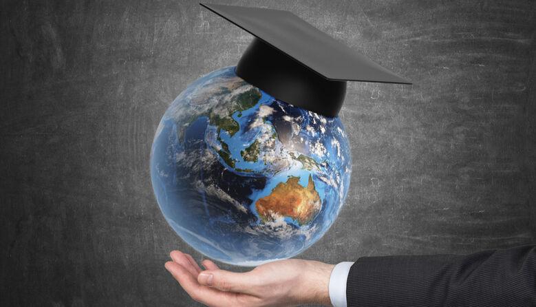 Які дипломи цінуються за кордоном при працевлаштуванні?