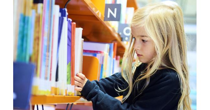 Дошкільнята та учні початкових класів мають навчатися очно — позиція МОН