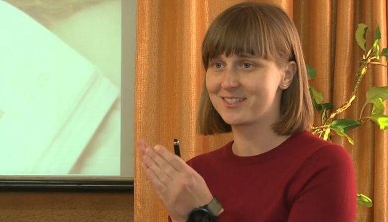«Я закохана в працю з дітьми»: у Луцьку вчителька безкоштовно готує школярів до ЗНО з Історії України
