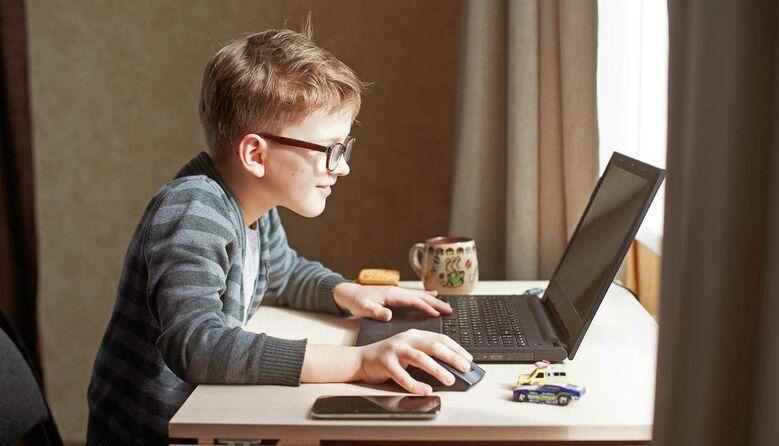 Як убезпечити дітей у цифровому просторі: рекомендації МОН
