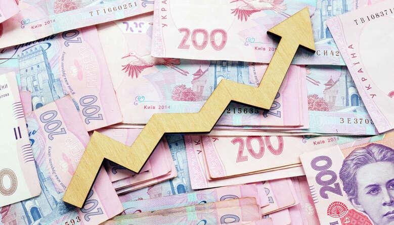Посадові оклади освітян до кінця року зростуть ще на 9%, – Сергій Шкарлет