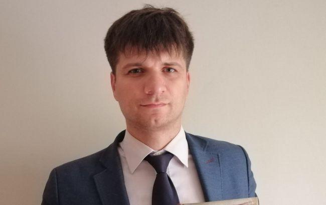 В Києві звільняють одного з найкращих вчителів, бо не догодив впливовому батьку