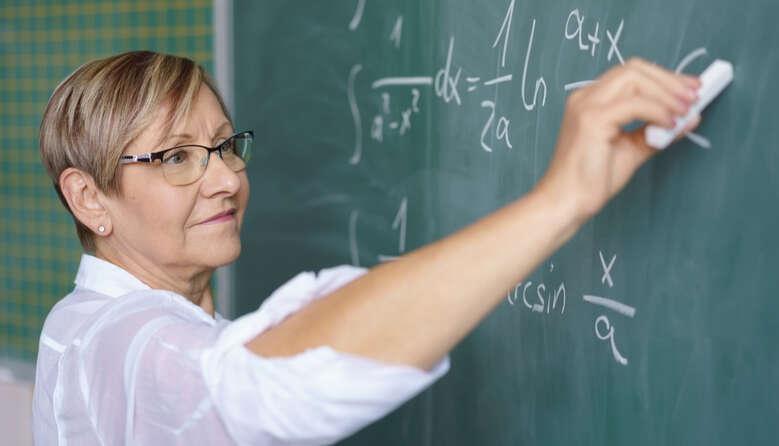 Профспілка підтримує законопроєкт про відновлення трудових прав педагогів-пенсіонерів