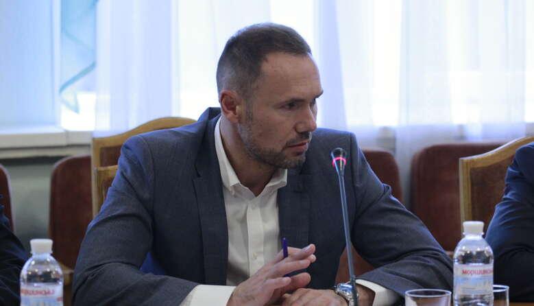Уряд виділив 1 млрд гривень на ноутбуки вчителям та засоби захисту від COVID-19 у школах, – Сергій Шкарлет