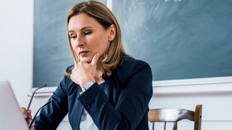 Майже третина вчителів початкових класів не змогли пройти сертифікаційні тести
