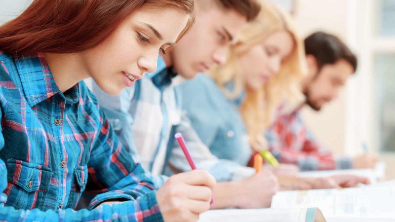 Чотирьом випускникам з Тернопільщини анулювали результати ЗНО: що сталося?