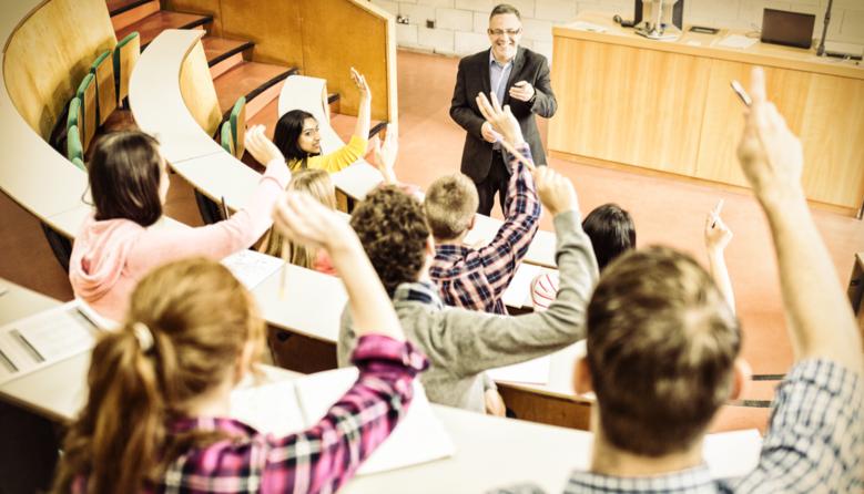На випускників українських вишів чекатиме єдиний іспит, який є аналогом ЗНО, – нардепка